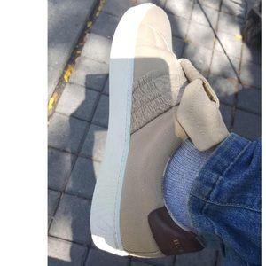 HOSTPICK !!! BURBERRY  Runway Collection Sneakers